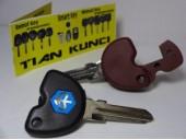 duplikat kunci motor vespa